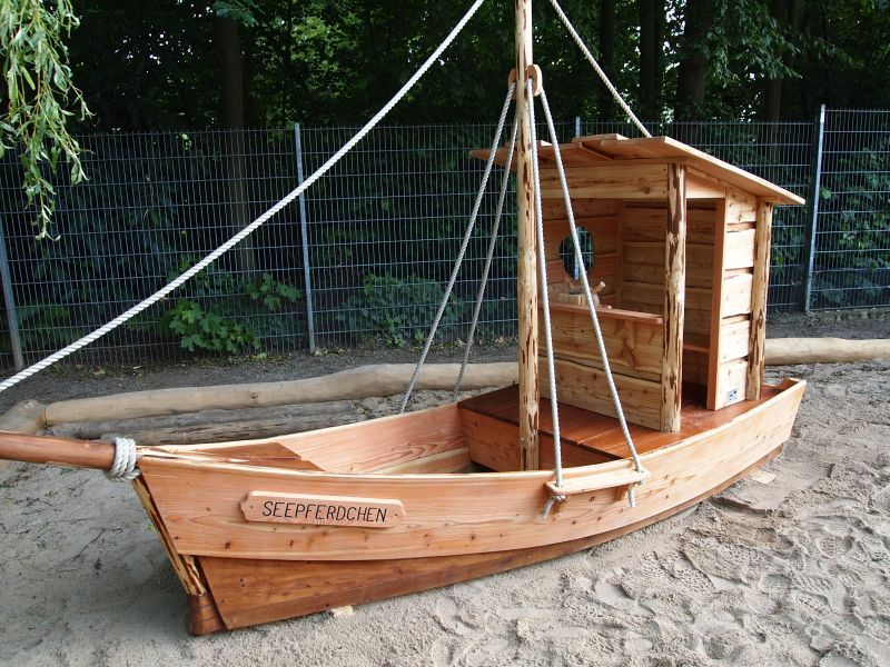 Spielschiffe Fur Den Garten Hinterhof Spielplatz Kinder Hof Piratenschiff