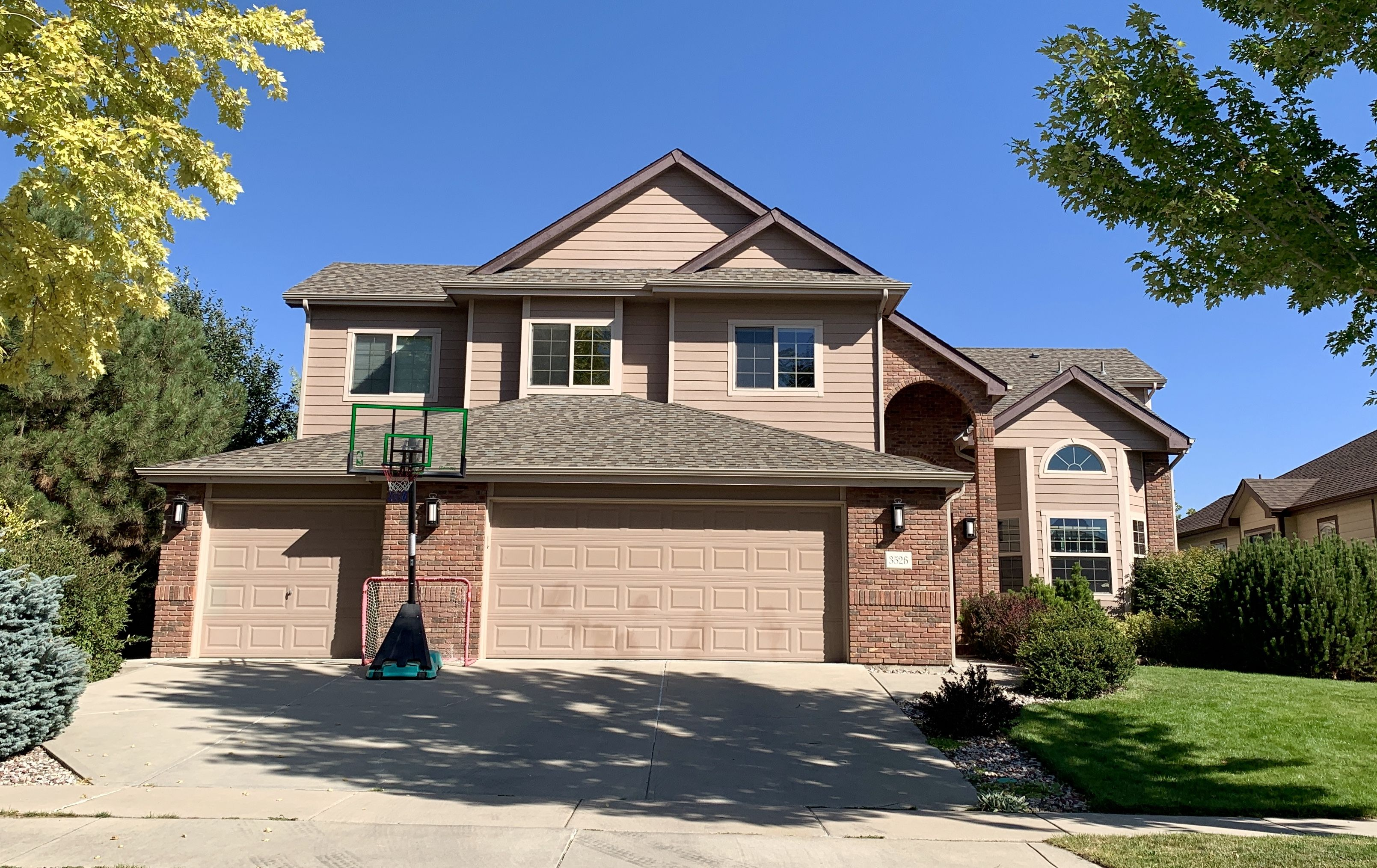 Best We Installed A New Roof On This Home In Fort Collins The 400 x 300