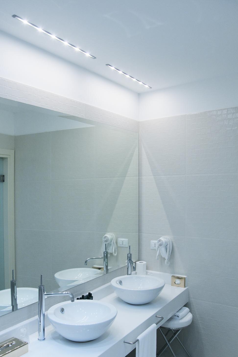 Barra luci a Led Illuminazione specchio bagno