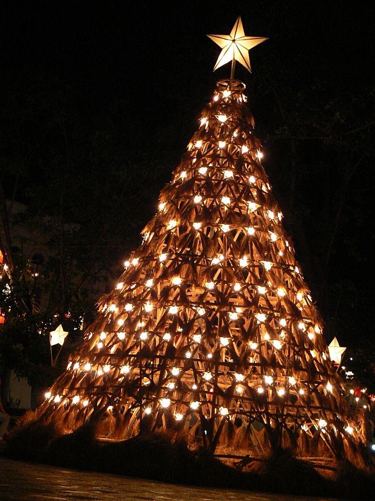 How to Make a Philippine Parol: Filipino Christmas Star Lantern