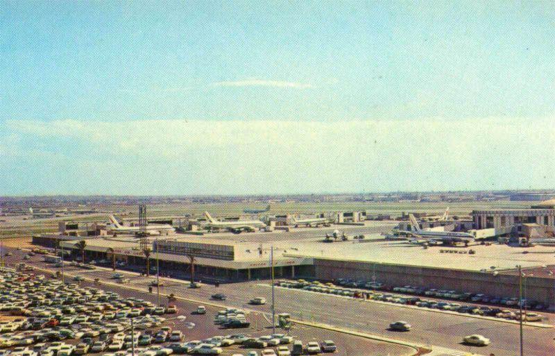 Los Angeles 1960s Photos 1960s Lax Los Angeles International Airport Post Card Portfolio Los Angeles International Airport Paris Skyline United Airlines
