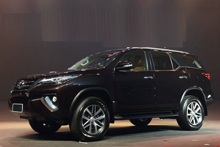 2018 Toyota Fortuner Price Release Redesign Car On The Road
