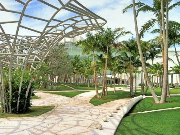 Park review soundscape miami beach fl landscape for Landscape design miami