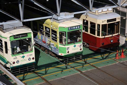 Tokyo Trams / 都電(とでん) by TANAKA Juuyoh (田中十洋), via Flickr
