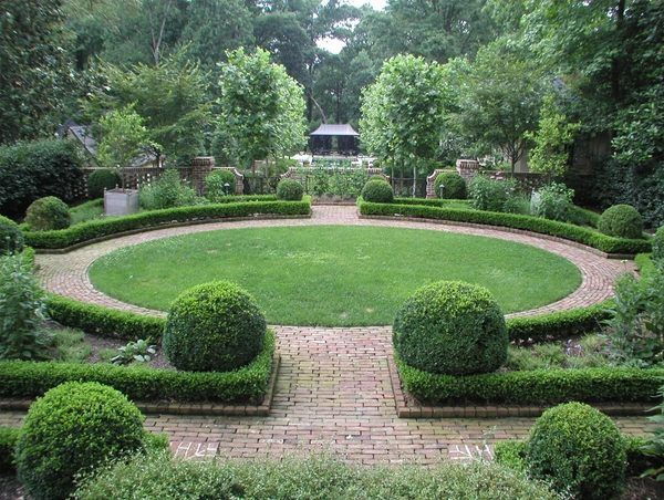 Creative Landscape Design Ideas Garden Design Hedge Plants Round