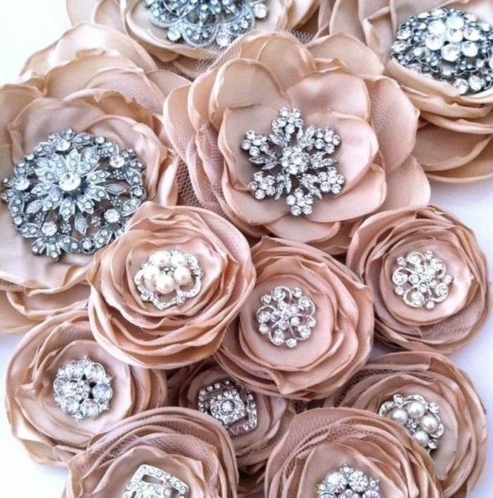 ▷1001+ idées comment faire des fleurs en tissu impressionnantes
