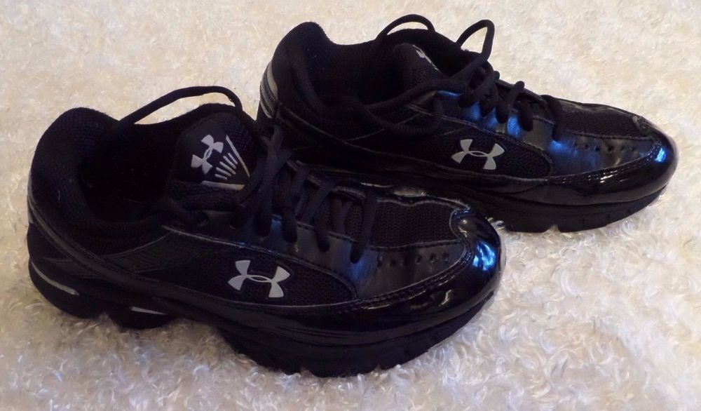 Boys Under Armour Black Silver Athletic Sneakers Size 3 5Y GUC