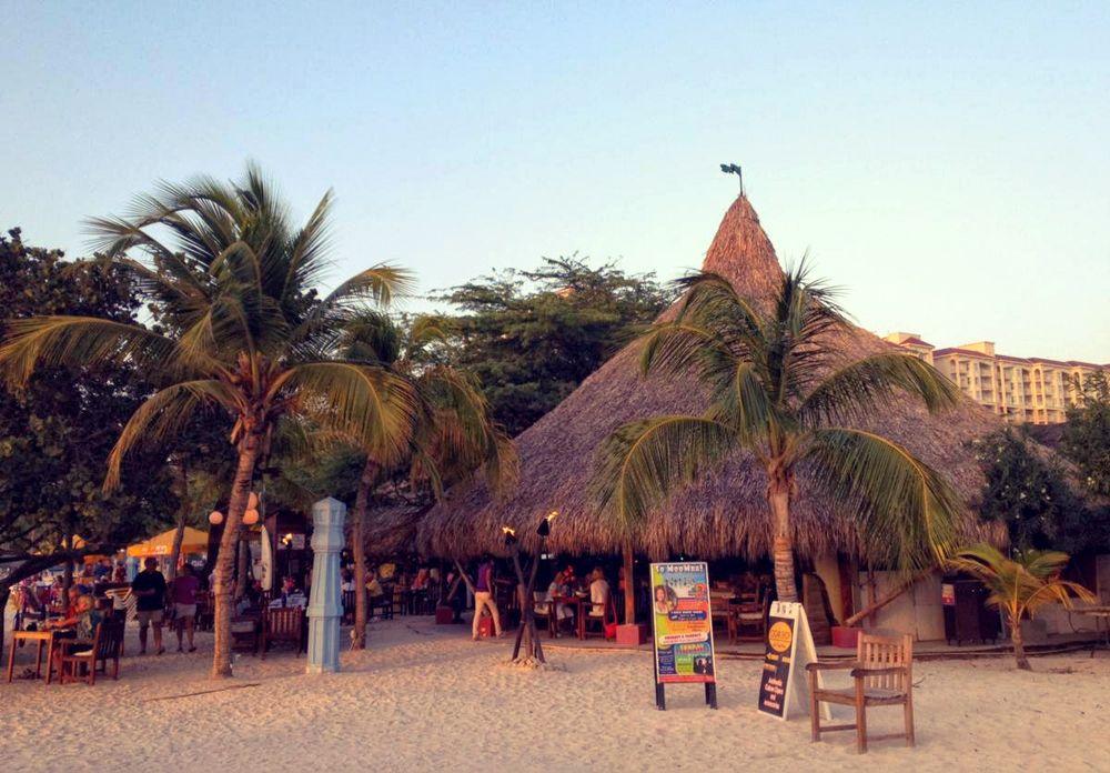 Moomba Beach Bar Aruba