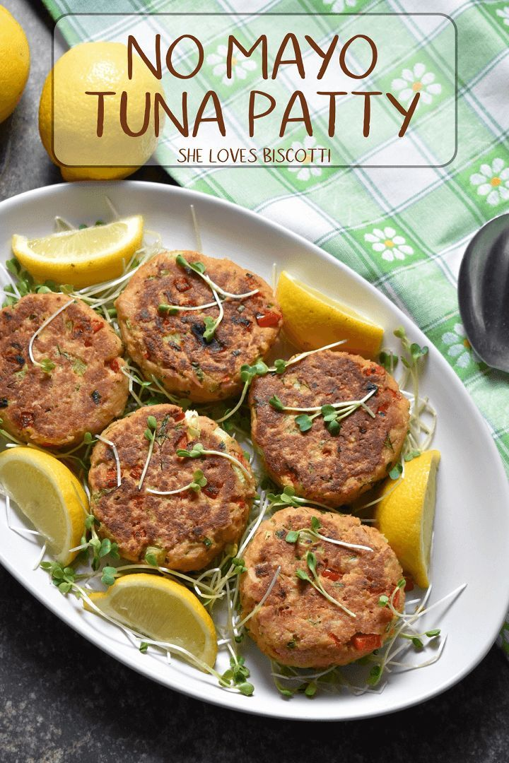 Are looking for a quick, easy and healthy tuna patty recipe? Here is the Best No Mayo Tuna Patty Recipe just for you!!!  via @Loves_biscotti