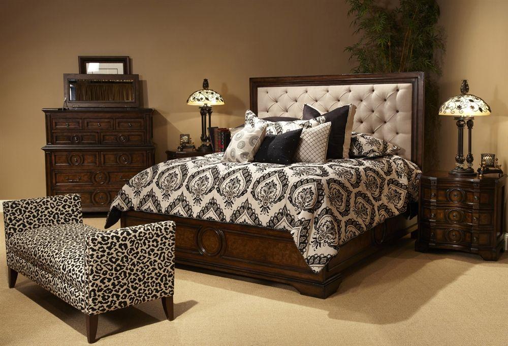 Michael Amini Bella Cera Bedroom Set with Fabric Tufted