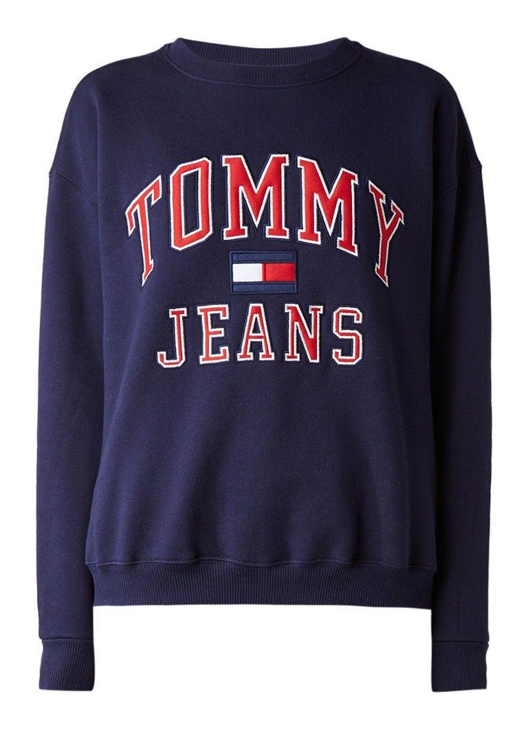 Op Zoek Naar Tommy Hilfiger 90s Sweater Met Logo Applicatie Ma T M Za Voor 22 00 Uur Besteld Morgen In Huis Door Postnl Tommy Hilfiger Kleding Sport Kleding