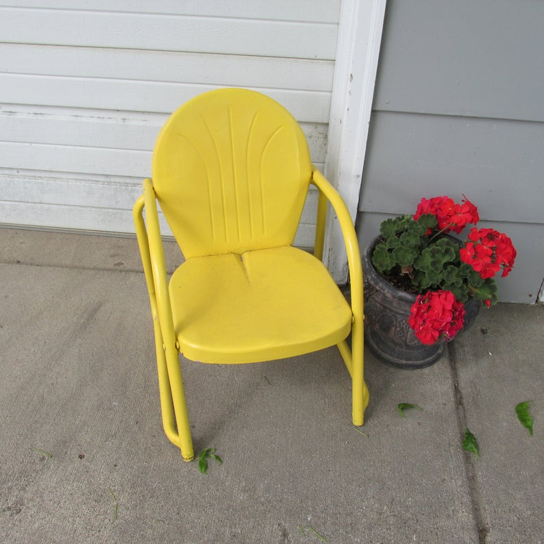 Metal Lawn Chair Vintage Shell Back