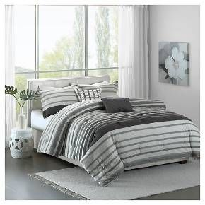 The Audra Collection creates an organic look for your modern space. This interesting seersucker stripe adds dimension and simplicity with textured grey and off white stripes. Printed on 200 thread count cotton, this set includes a duvet cover, two shams and two decorative pillows.