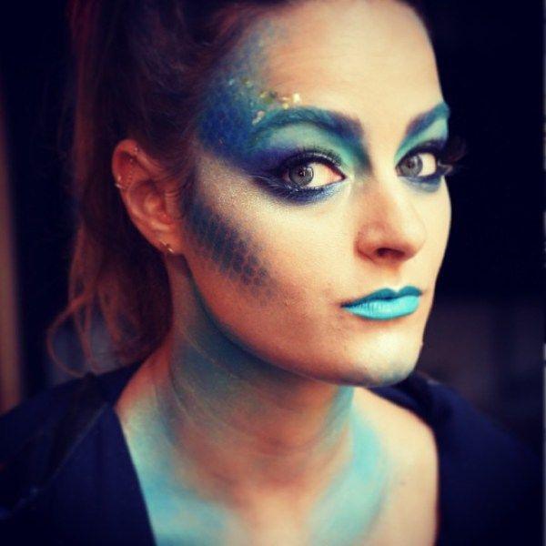 50 Pretty Halloween Makeup Ideas—Minimal Costume Required | Pretty ...