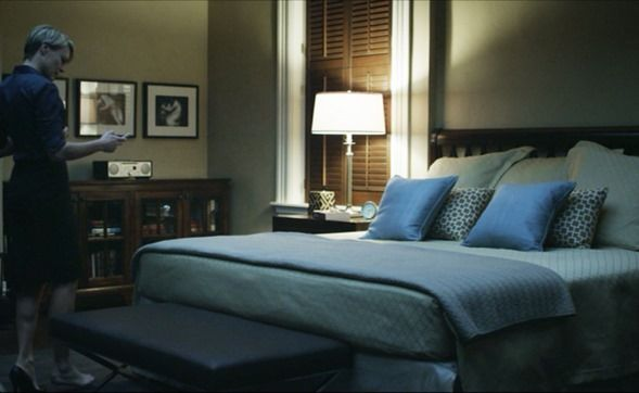 Underwoods Bedroom Townhouse Interior House Of Cards Interior