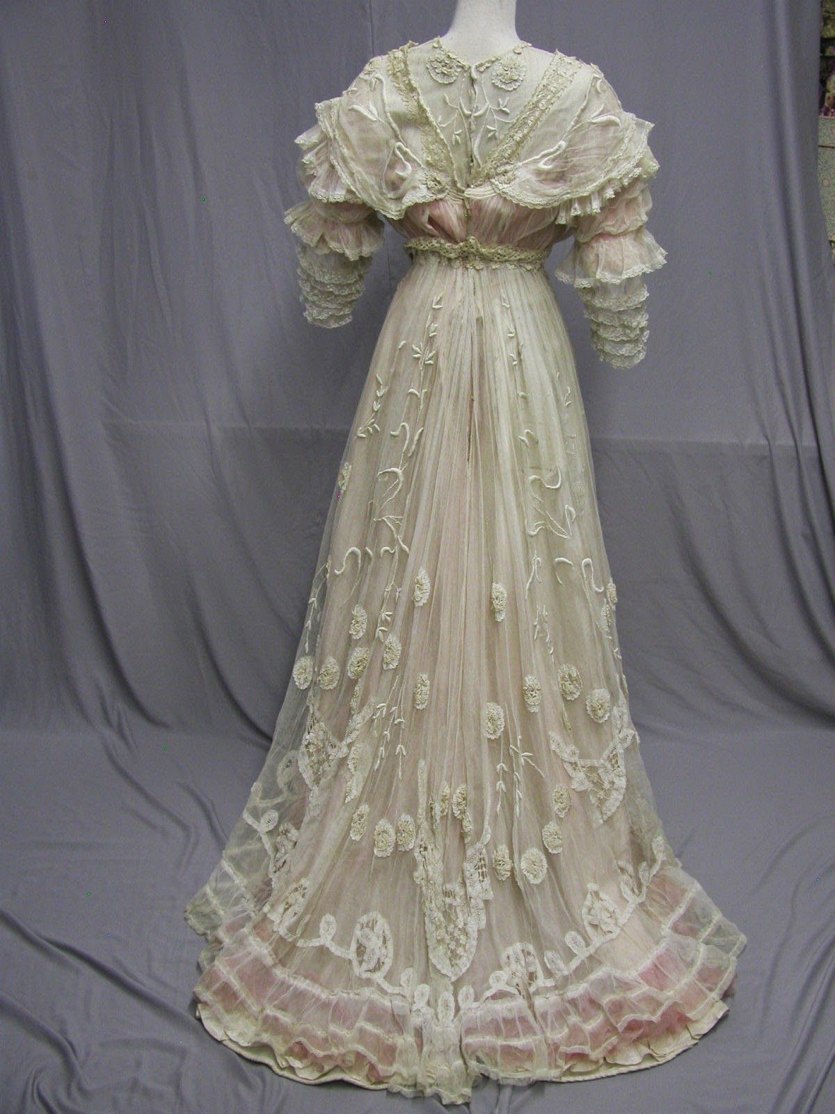 All The Pretty Dresses A Summer Time Confection Edwardian Dress Edwardian Dress Vintage Dresses Vintage Gowns [ 1600 x 1200 Pixel ]