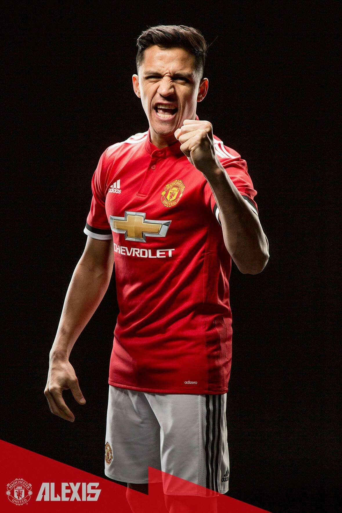 designer fashion 5aa6a 80827 Alexis Sanchez signed as new no 7 for Manchester United ...