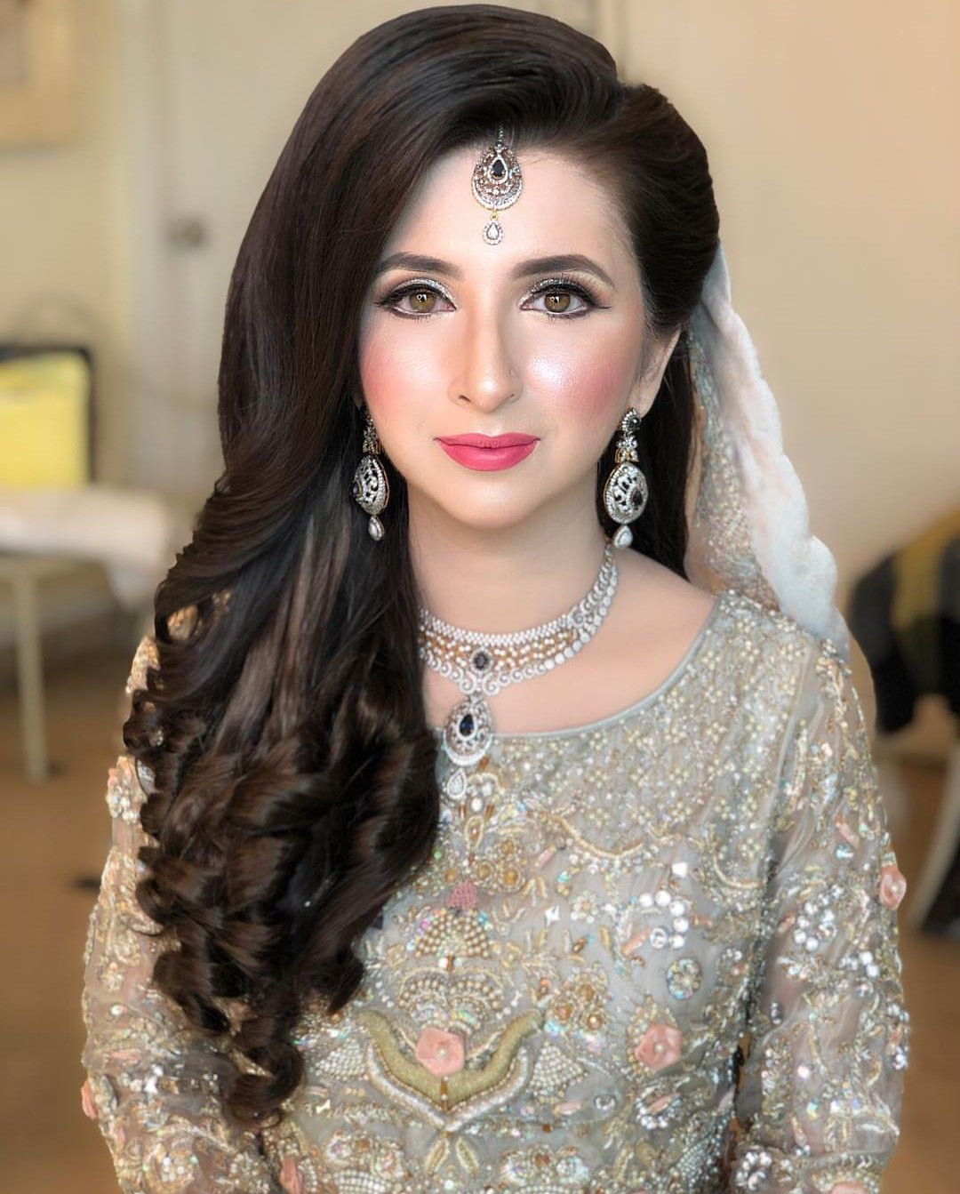 Pin by 👑mar u.j👑 on Bridal,s Pakistani bridal hairstyles