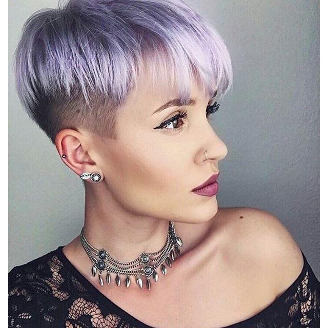 Ausgefallene Frisuren Mit Undercut Kurzhaarfrisuren Haarschnitt Kurz Kurze Haare Modell