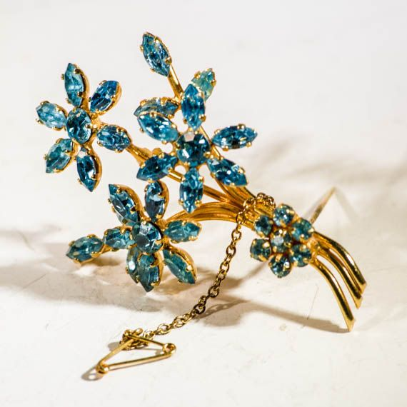Mid century floral spray brooch on gold wire by TouchstoneVintage