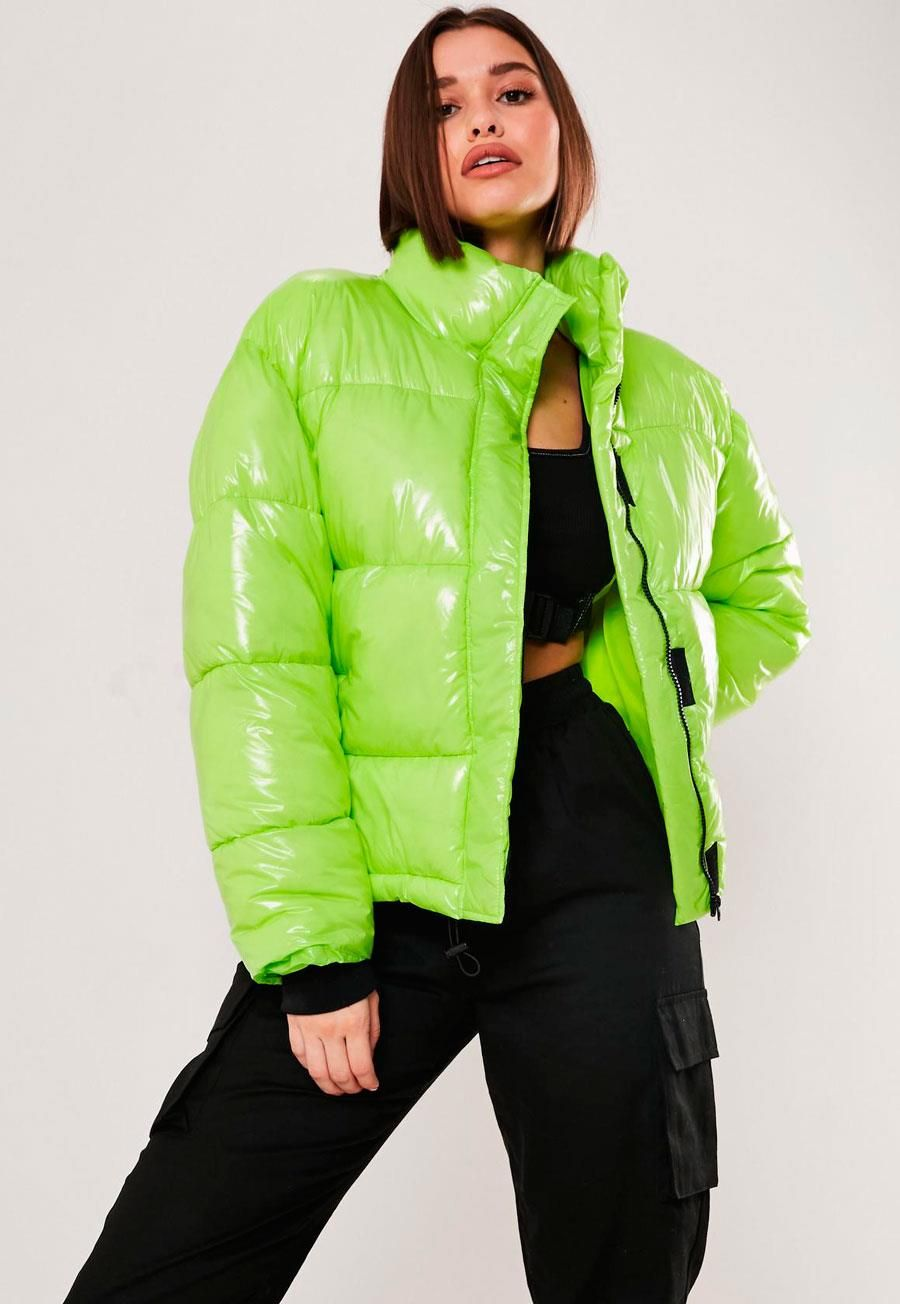 140 Lovely Women S Outfit Ideas For Winter In 2021 Pouted Com Green Puffer Jacket Puffy Jacket Outfit Puffer Jacket Outfit [ 1304 x 900 Pixel ]