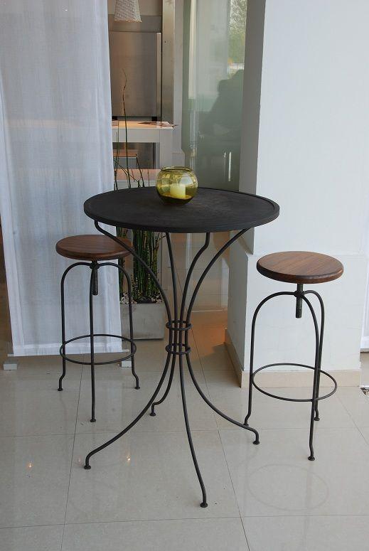 Mesa alta hierro con banquetas bancos y sillas - Mesa alta con taburetes ...