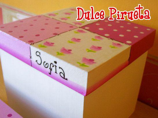 Caja pintada a mano cajas lara pinterest cajas de - Cajas decoradas a mano ...