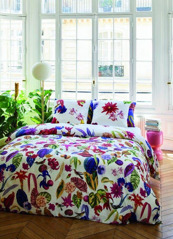 linge de maison aux influences tropicales cxl by christian lacroix carrefour france http www. Black Bedroom Furniture Sets. Home Design Ideas