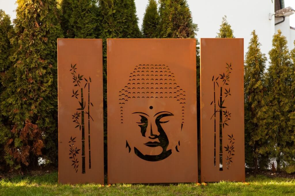 edelrost sichtschutzwand buddha 3 teilig eine. Black Bedroom Furniture Sets. Home Design Ideas