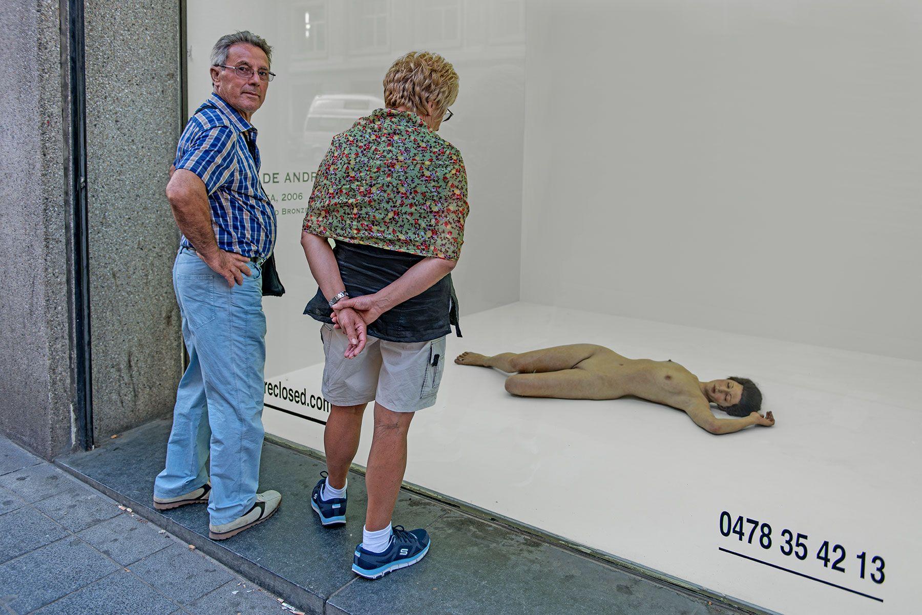 Una galería de arte o museo de arte