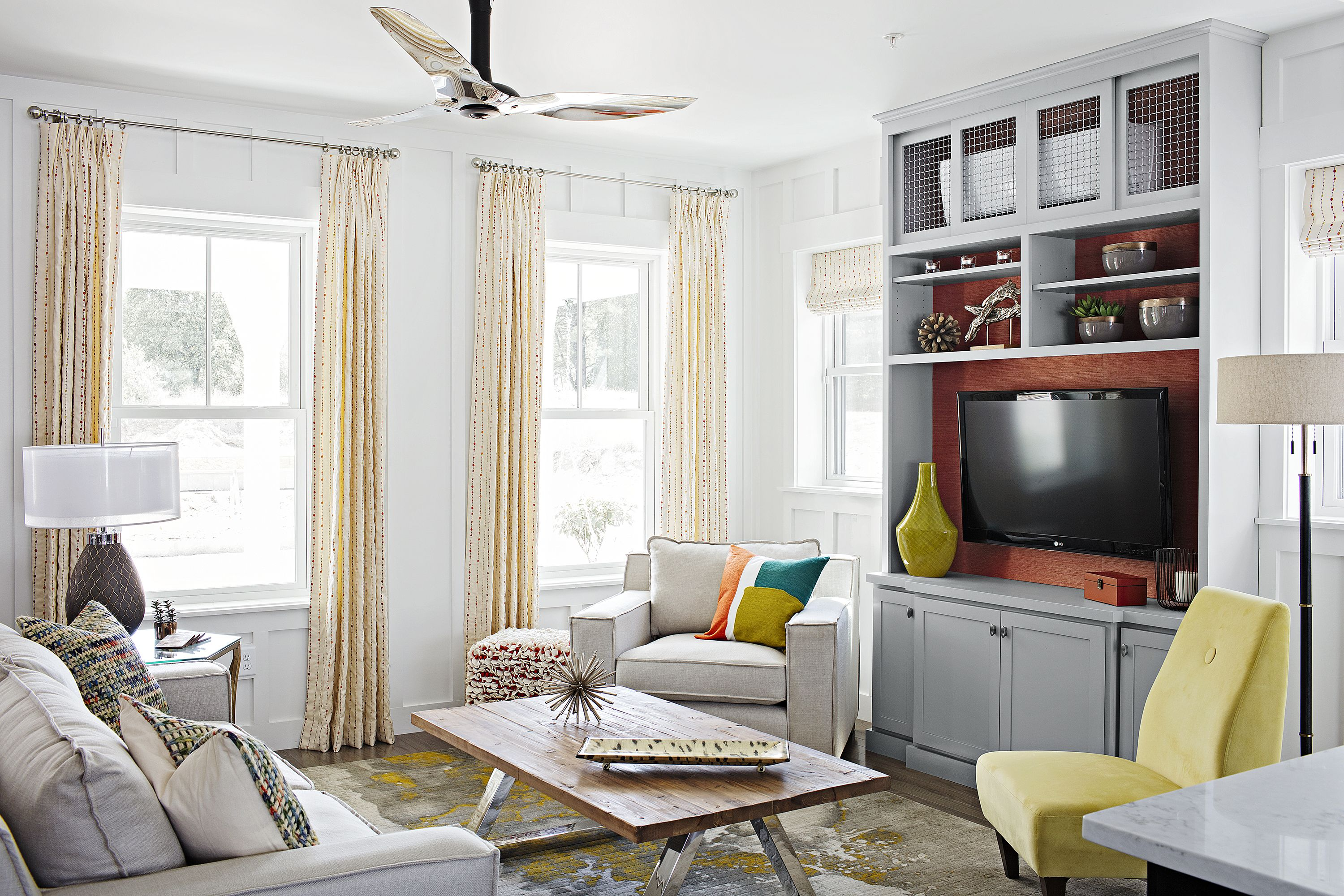 How To Build A Columned Room Divider Paint Colors For Living Room Living Room Colors Living Room Paint Colours 2018