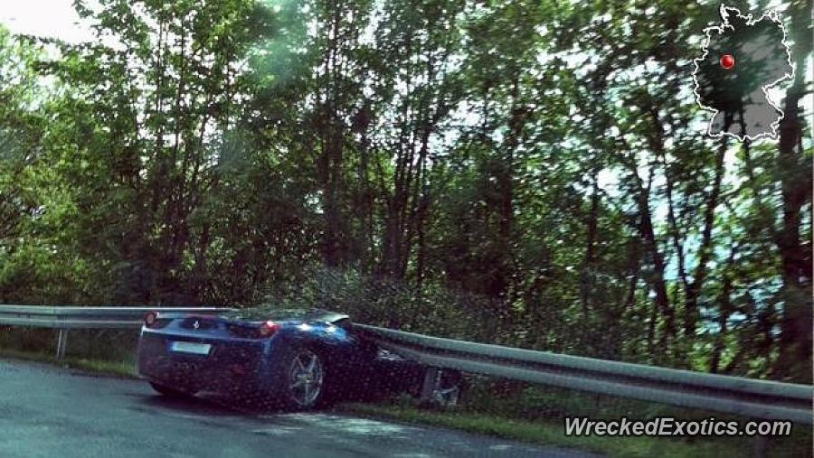 Ferrari 458 Italia Crashed In Paderborn Germany Ferrari 458 Italia Italia Ferrari 458