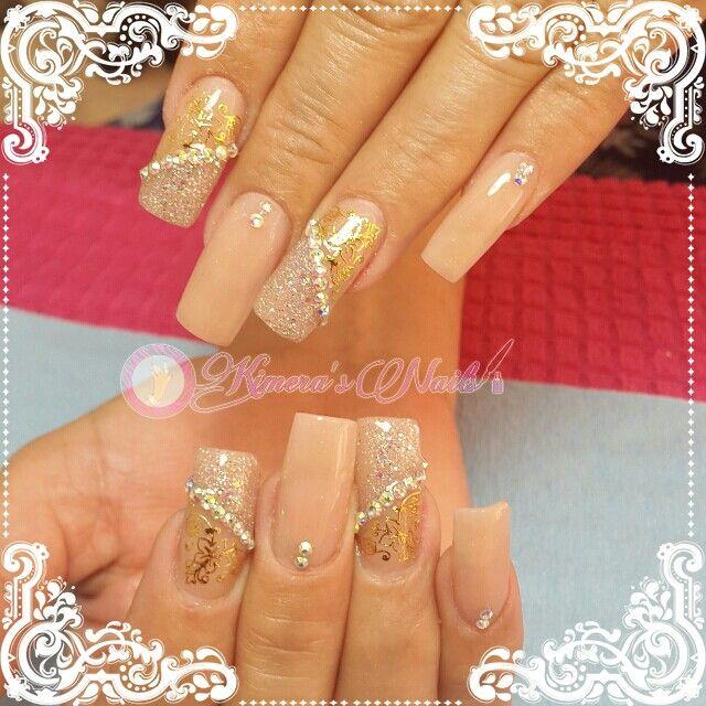#Nails #uñas #nailspretty #nailsdesign #acrílico #acrylicnails #uñasbellas #uñashermosas #uñasguapas #guapuras #diseño #kimerasnails #glitter #acrilicodecolor #sculpturenails