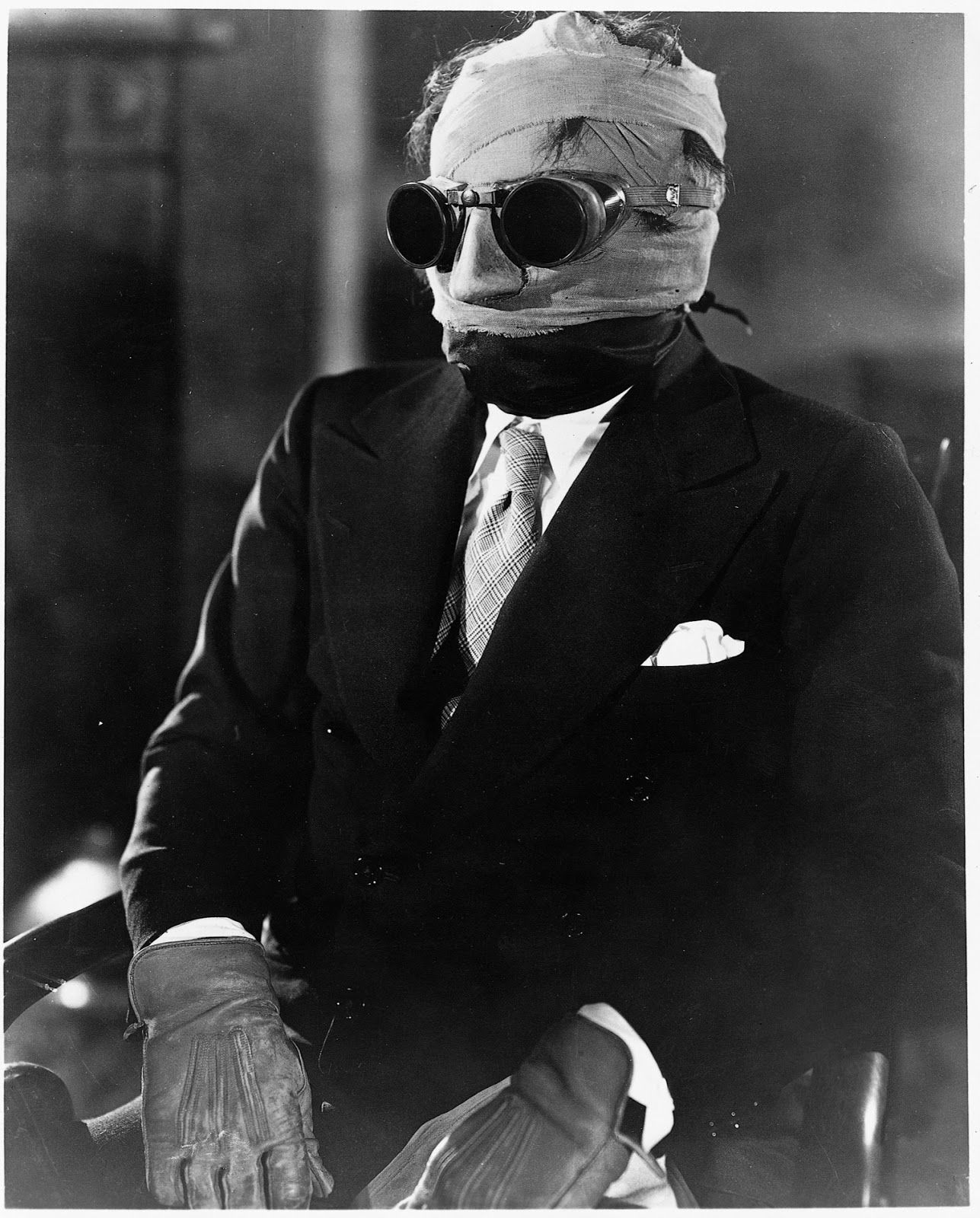 claude rains the invisible man universal directed by claude rains or whoever it is wears goggles here in the invisible man