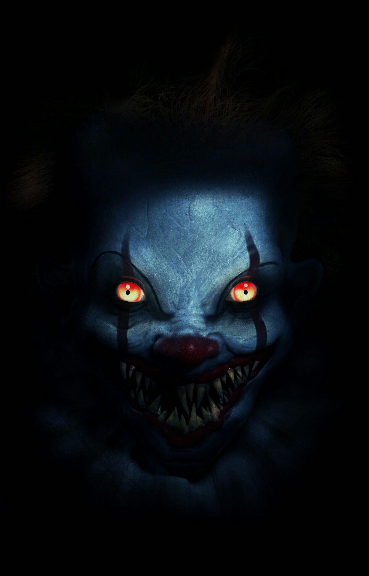 SINISTER PENNYWISE Dont Look in ITS Deadlights! Scary