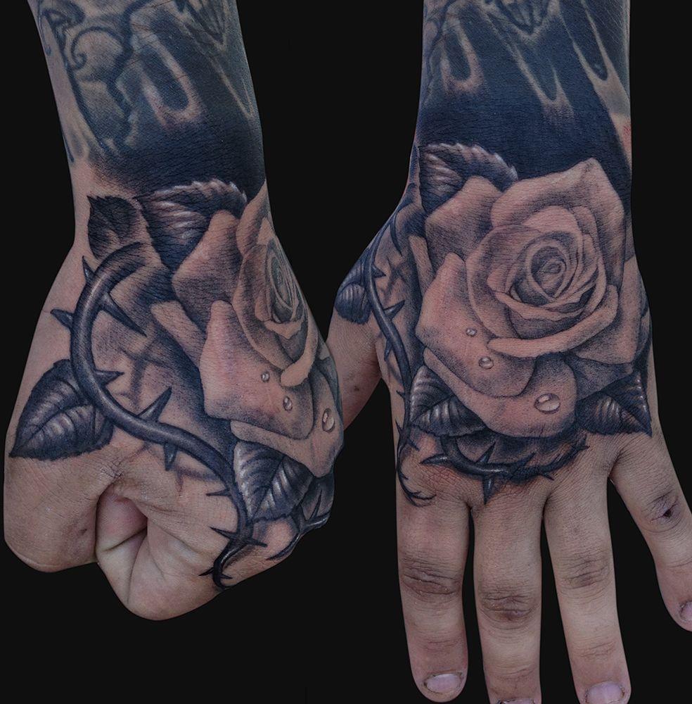 10 beautiful rose hand tattoos rosen tattoos tattoos