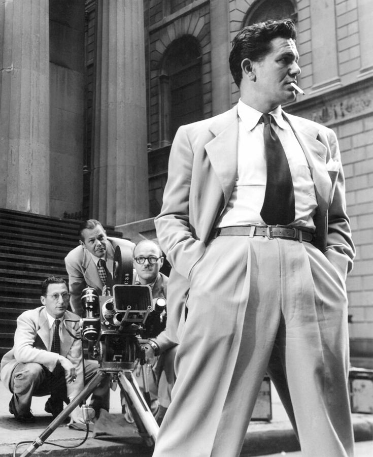 john garfield in new york during the filming of force of evil rh pinterest fr