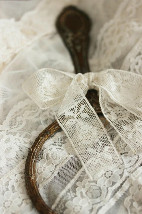 Cottage Charm ~ Vintage Lace ~ Cream ~