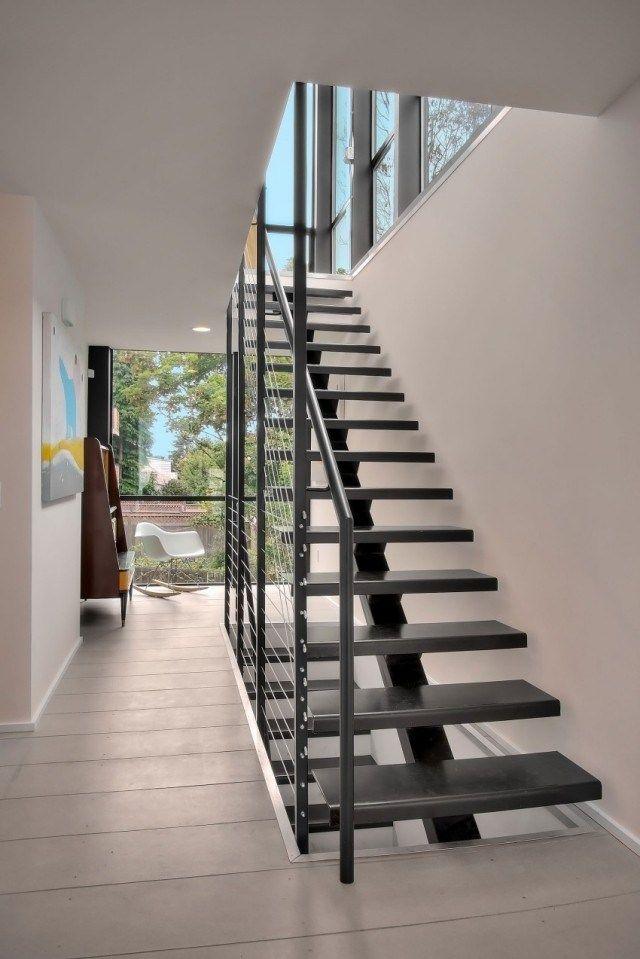 escalier droit et escalier tournant en 100 designs superbes escalier droit design moderne et. Black Bedroom Furniture Sets. Home Design Ideas