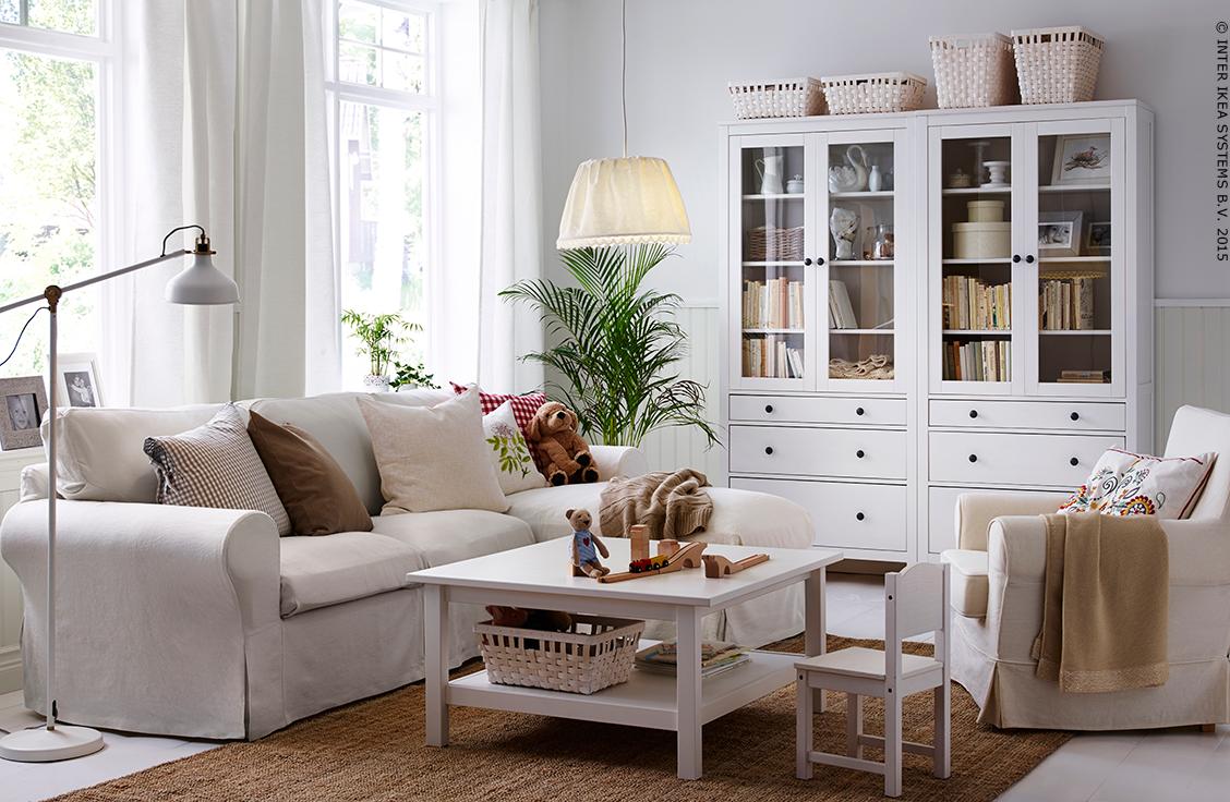 Des jolies vitrines pour admirer vos objets préférés #HEMNES #IKEA ...