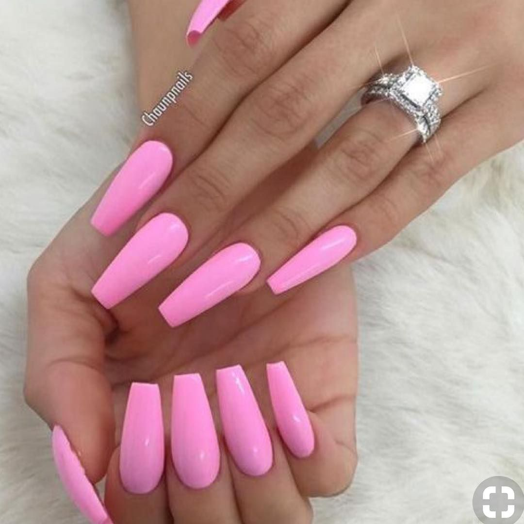 Pin By Bellaeleven On Nails In 2020 Pink Acrylic Nails Coffin Nails Designs Long Nails