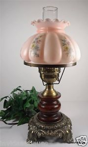 Vintage Accurate Casting GWTW Lamp w Pink Floral Puffy Glass Shade