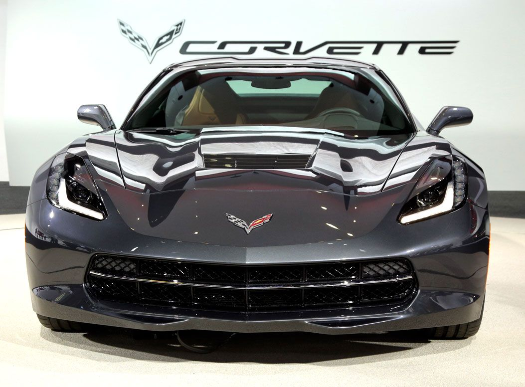 Jake s car world chevy introduces the all new 2014 corvette stingray