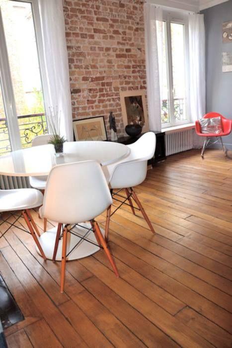 Salon salle à manger mur de briques séparation fenêtres Idées