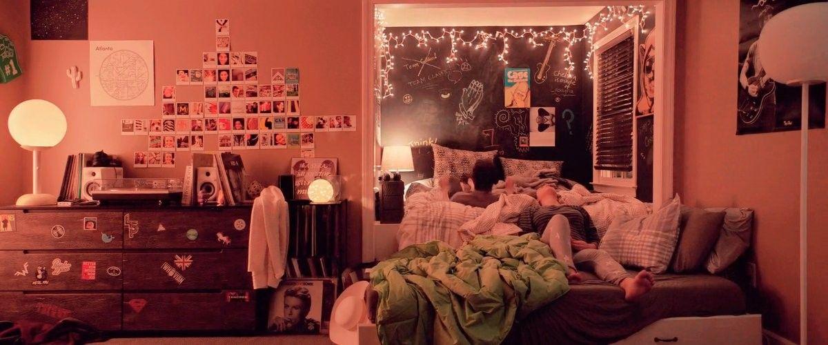 Love Simon Simon S Bedroom Chill Room Bedroom Inspirations Dream Rooms