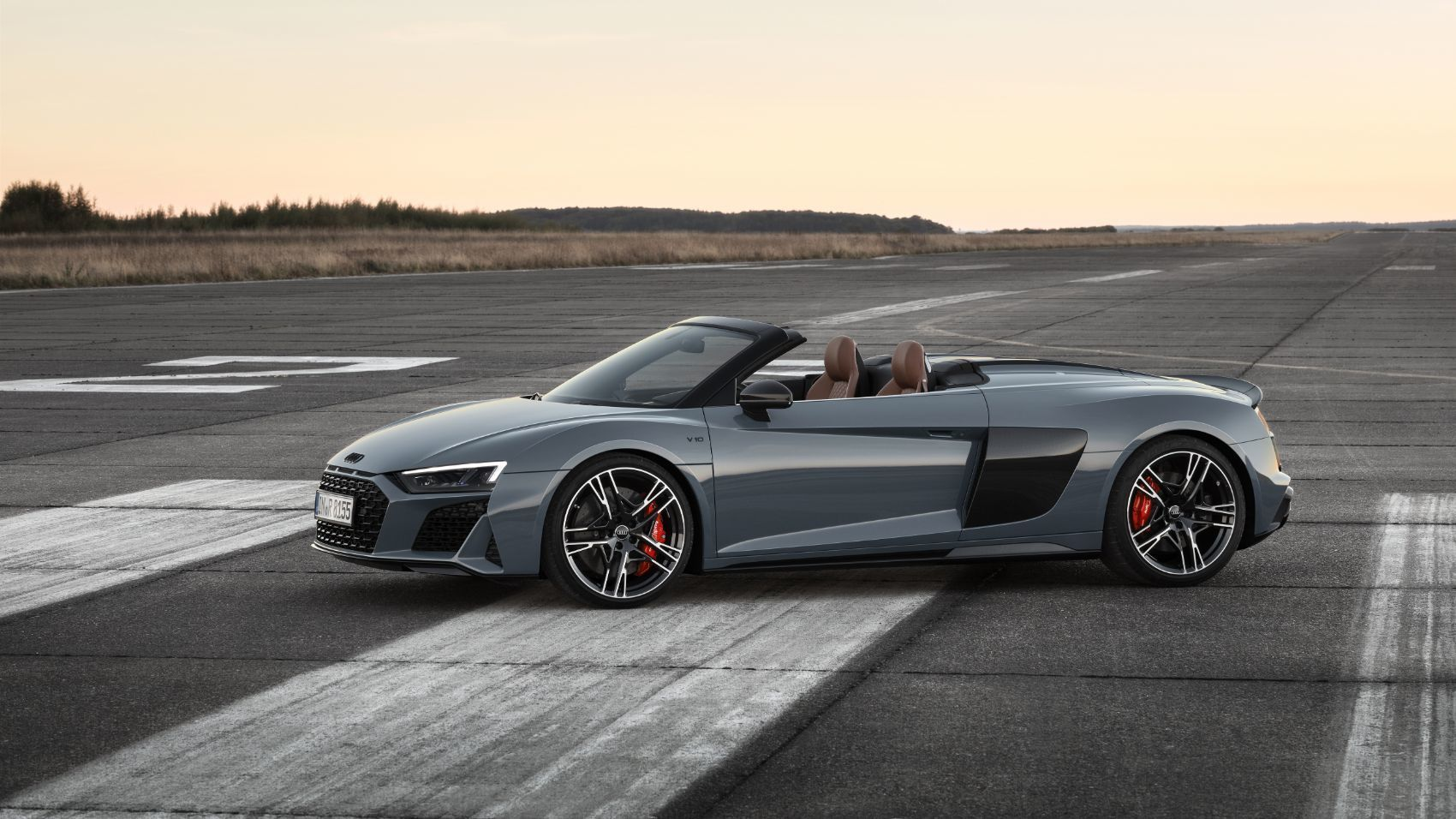 2020 Audi R8 V10 Spyder Rumors And Release Date In 2020 Audi R8 Convertible Audi R8 Spyder Audi R8 V10 Plus
