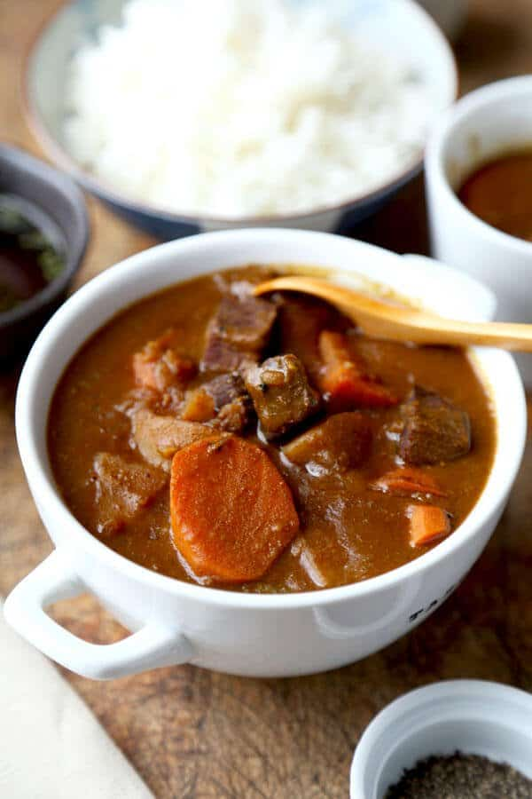 Japanese Curry Recipe カレ ライス Pickled Plum Food And Drinks Recipe Curry Recipes Japanese Curry Beef Curry Recipe