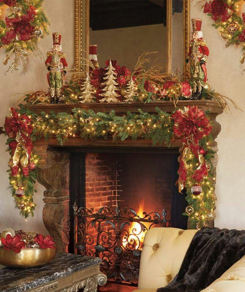 Pin by phanie racicot on no l pinterest christmas for Christmas mantel decorations garland