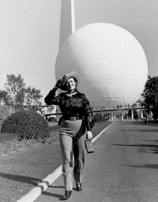 Pin By Ken Wallace On World's Fair In 2020 (With Images