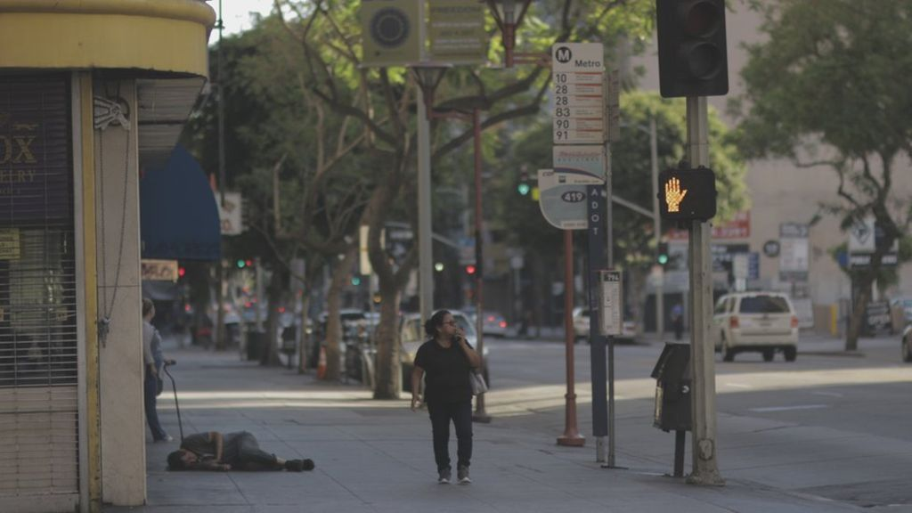 Los Angeles Homeless Crisis Goes From Bad To Worse Homeless People Homeless Los Angeles